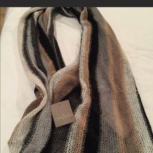 Anthropologie women's scarf